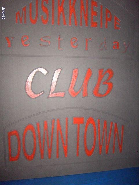 http://downtown-yesterday.de/Gallery/cache/vs_75.%20Rockstar%20April%2008_2008%2004%2008_04.JPG